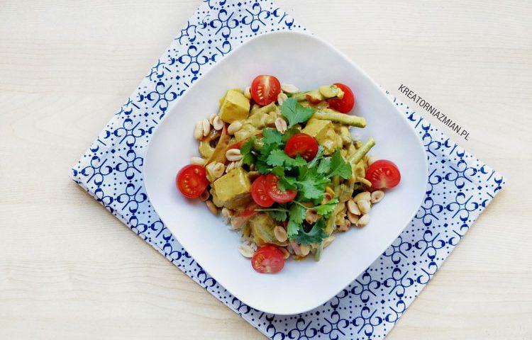 wegańskie curry z tofu